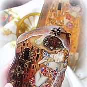 Украшения handmade. Livemaster - original item Pendant painted stone Kiss Klimt lacquer miniature gold orange. Handmade.