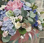 Коробка с цветами. Цветы из полимерной глины ручной работы.