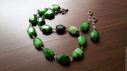 """Колье, бусы ручной работы. Ярмарка Мастеров - ручная работа. Купить Комплект """"Хлойя"""".. Handmade. Тёмно-зелёный, зеленый комплект"""