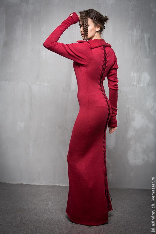 ГА_036 Платье Готическая вишня с рукавами со шнуровкой по спине, длина140 см, цвет вишня (лицо – 1вишня меринос, изнанка – 3вишня вискоза с хлопком), 25шерсть австралийского мериноса, 40вискоза, 35хло