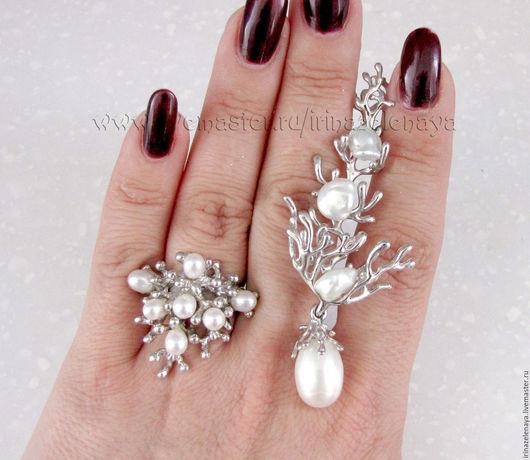 Кольцо с жемчугом купить. Жемчуг в серебре купить. Серебряное кольцо купить. Украшения с  жемчугом купить. Подарок купить. Подвеску с жемчугом купить. Кулон купить. IrinaZelenaya-Ярмарка Мастеров