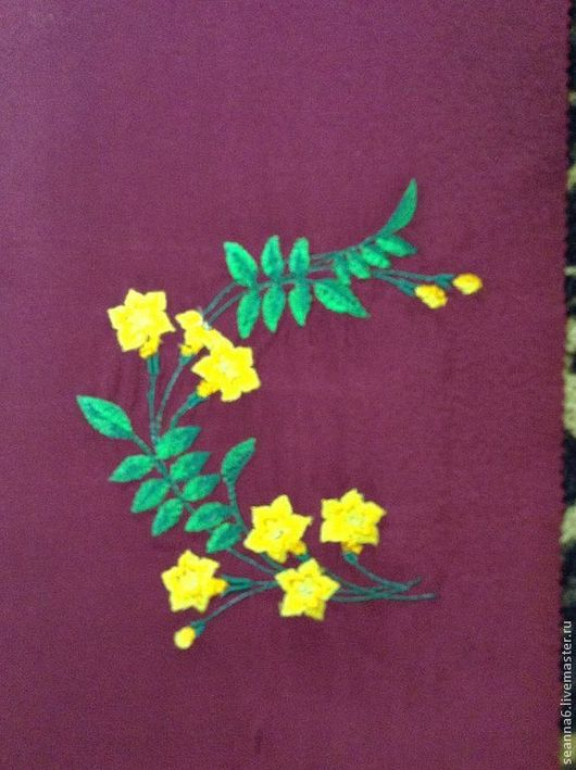 """Картины цветов ручной работы. Ярмарка Мастеров - ручная работа. Купить Вышивка на одежде, аппликация, картинка, картина """"Желтая нежность"""". Handmade."""