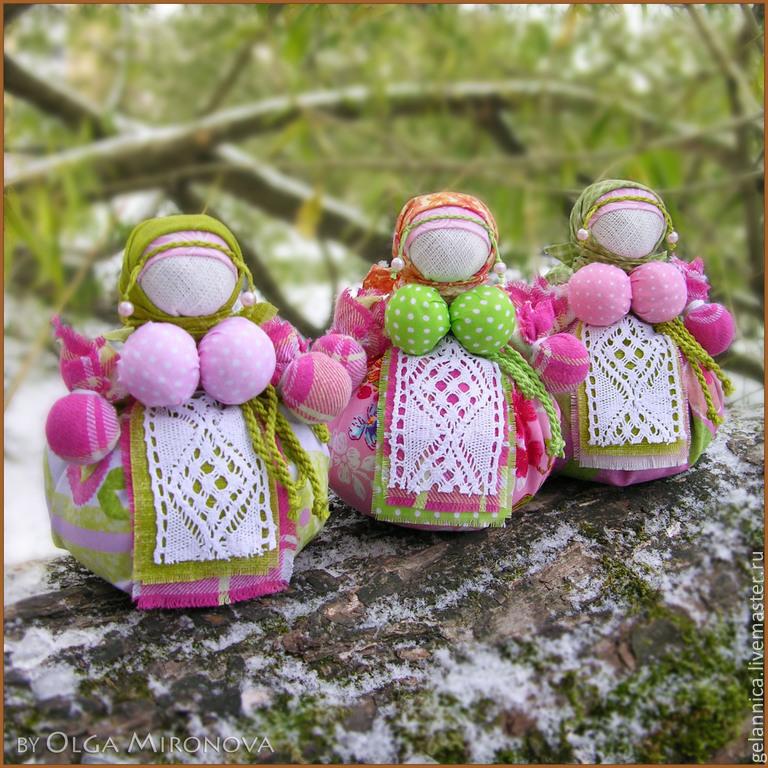 Кубышка-травница народная тряпичная кукла