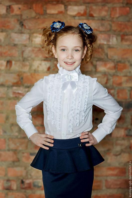 Блузки ручной работы. Ярмарка Мастеров - ручная работа. Купить Школьная форма - белая блузка с рюшами нарядная (Арт.23). Handmade.