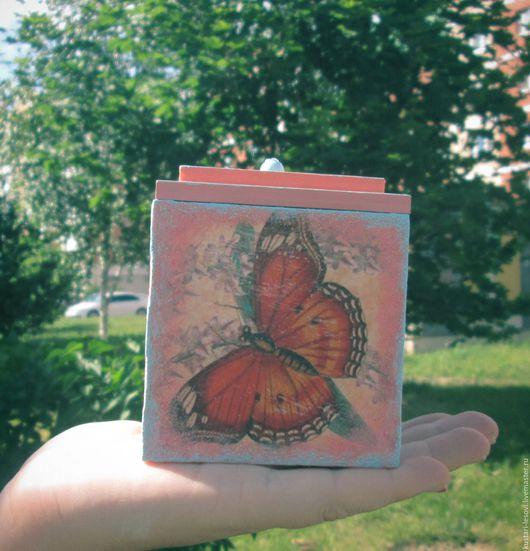 """Шкатулки ручной работы. Ярмарка Мастеров - ручная работа. Купить Шкатулка """"Бабочки"""". Handmade. Розовый, деревянная шкатулка, стразы"""