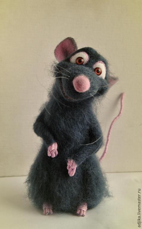 """Игрушки животные, ручной работы. Ярмарка Мастеров - ручная работа. Купить Крысенок Реми, """"Рататуй"""". Handmade. Темно-серый, Рататуй"""