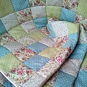 Для дома и интерьера ручной работы. Ярмарка Мастеров - ручная работа Детское лоскутное одеяло в расцветках шебби. Handmade.