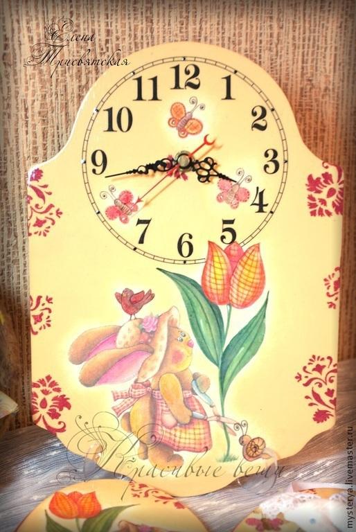 """Часы для дома ручной работы. Ярмарка Мастеров - ручная работа. Купить Часы настенные для детской комнаты девочки""""Зайка"""". Handmade. желтый"""