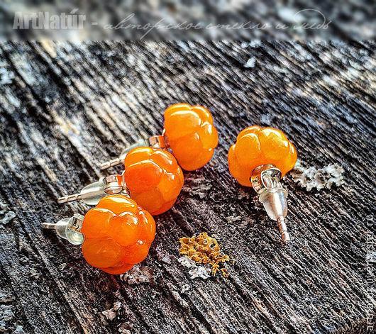 """Серьги ручной работы. Ярмарка Мастеров - ручная работа. Купить Серьги - гвоздики, пуссеты lampwork """"Морошка"""" - Rubus chamaemorus. Handmade."""