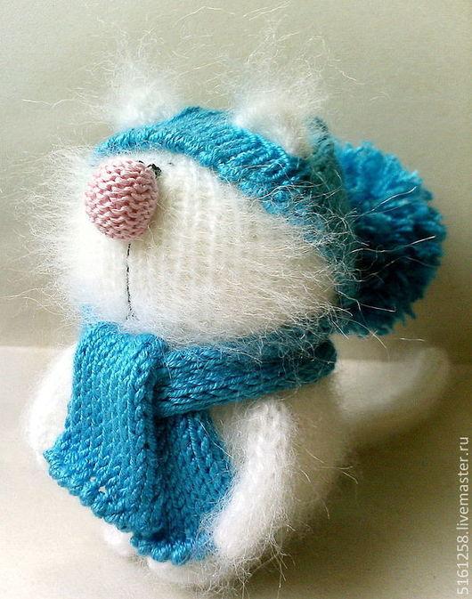 """Игрушки животные, ручной работы. Ярмарка Мастеров - ручная работа. Купить Вязаная кошечка """"Белая"""" (Вязаные сувениры кошки). Handmade."""