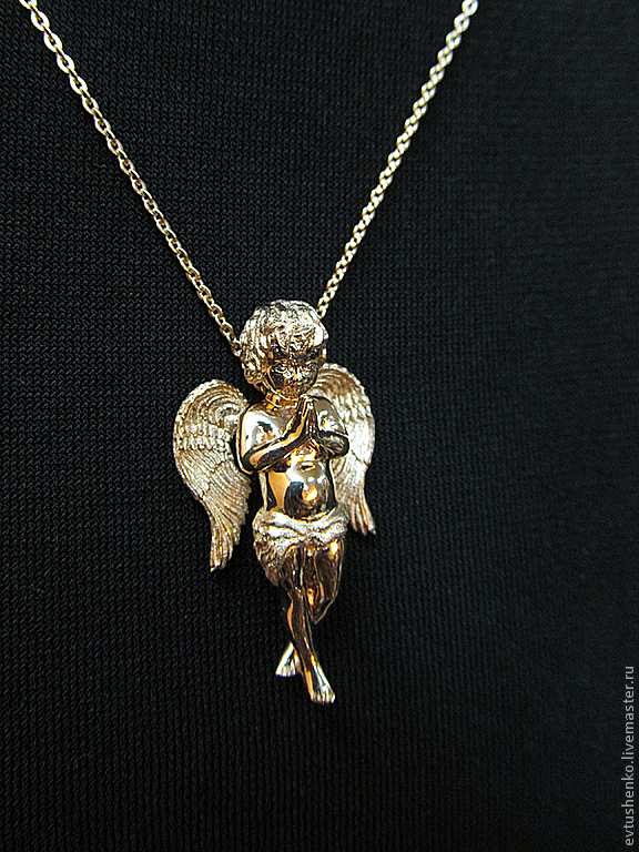 Подвески на браслет из белого золота