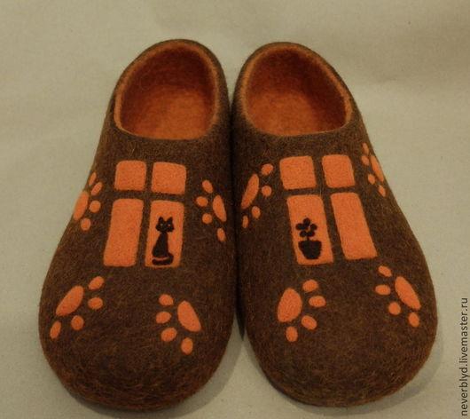 """Обувь ручной работы. Ярмарка Мастеров - ручная работа. Купить Тапки """"Кошкин дом"""". Handmade. Рыжий, Валяние, тапочки валяные"""