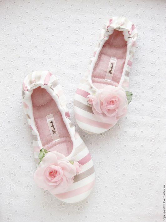 """Обувь ручной работы. Ярмарка Мастеров - ручная работа. Купить 36,37,40,41 Домашние тапочки """"Зефир"""" ,женские ,тряпичные тапочки. Handmade."""