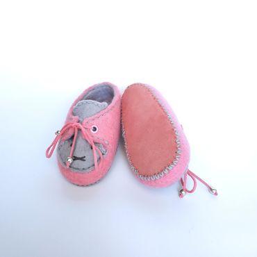"""Обувь ручной работы. Ярмарка Мастеров - ручная работа Валяные пинетки""""Котята"""". Handmade."""