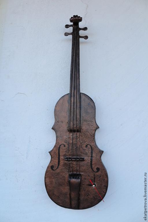 """Часы для дома ручной работы. Ярмарка Мастеров - ручная работа. Купить Настенные часы """"Скрипка"""". Handmade. Часы, скрипач, струны"""