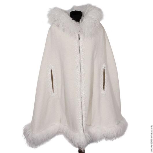 Пончо, куртки и пальто из шерсти с натуральным мехом.