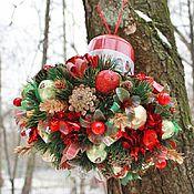 Подарки к праздникам ручной работы. Ярмарка Мастеров - ручная работа Снегири......букет из конфет на чайной коробке. Handmade.