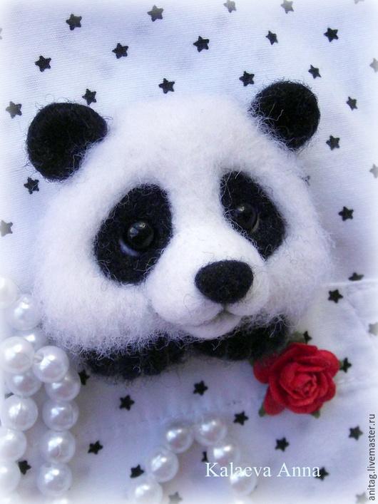 Броши ручной работы. Ярмарка Мастеров - ручная работа. Купить Панда брошь. Handmade. Чёрно-белый, брошь ручной работы