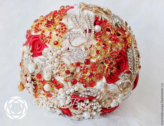 Свадебные цветы ручной работы. Ярмарка Мастеров - ручная работа. Купить Брошь-букет КРАСНЫЙ+АЙВОРИ. Handmade. Брошь букет