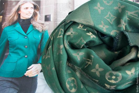 """Шали, палантины ручной работы. Ярмарка Мастеров - ручная работа. Купить Шаль  из ткани Louis Vuitton """"Monogram Lurex"""" с золотой нитью. Handmade."""