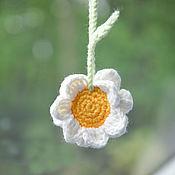 Сувениры и подарки handmade. Livemaster - original item Suspension in a car, a daisy is a gift to a car enthusiast. Handmade.