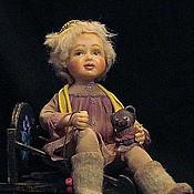 """Куклы и игрушки ручной работы. Ярмарка Мастеров - ручная работа Авторская кукла девочка на санках  """"Хочу гулять!"""". Handmade."""
