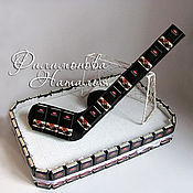 Подарки к праздникам ручной работы. Ярмарка Мастеров - ручная работа Хоккей из шоколадок. Handmade.
