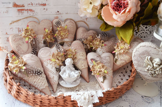 Куклы Тильды ручной работы. Ярмарка Мастеров - ручная работа. Купить Тильда сердечки в стиле Винтаж. Handmade. Бежевый
