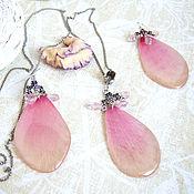 Украшения handmade. Livemaster - original item Set of Earrings and Pendant with Rose Petals Costume jewelry Resin Eco Boho. Handmade.