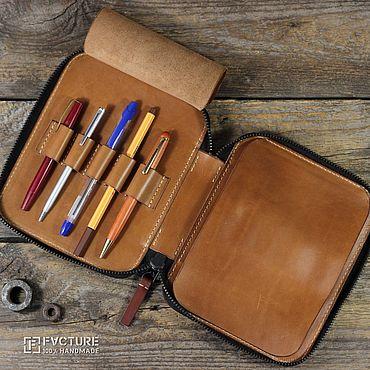 Канцелярские товары ручной работы. Ярмарка Мастеров - ручная работа Пенал для ручек из кожи. Handmade.