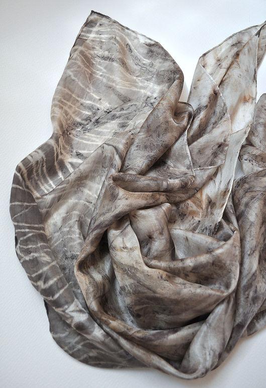 """Шали, палантины ручной работы. Ярмарка Мастеров - ручная работа. Купить Платок """"Туманное утро"""". Натуральный шелк.. Handmade. Комбинированный"""