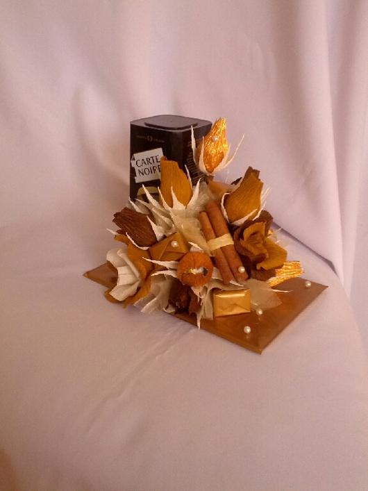 """Подарочные наборы ручной работы. Ярмарка Мастеров - ручная работа. Купить Букет из конфет и кофе """"Аромат кофе"""", подарок на 23 февраля, 8 марта,. Handmade."""