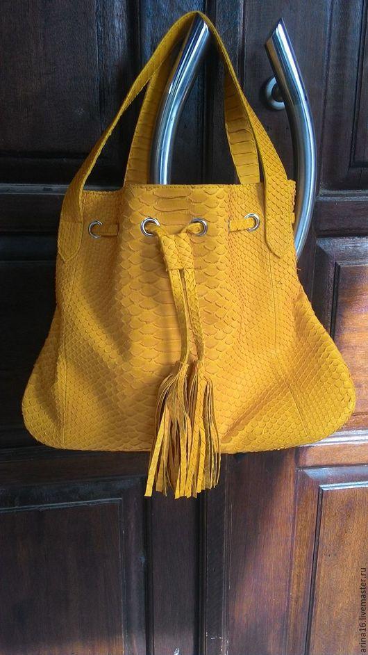 Женские сумки ручной работы. Ярмарка Мастеров - ручная работа. Купить Сумка ярко- желтая. Handmade. Желтый, сумка из кожи