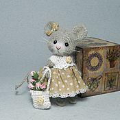 Куклы и игрушки ручной работы. Ярмарка Мастеров - ручная работа Мышка в платье.. Handmade.