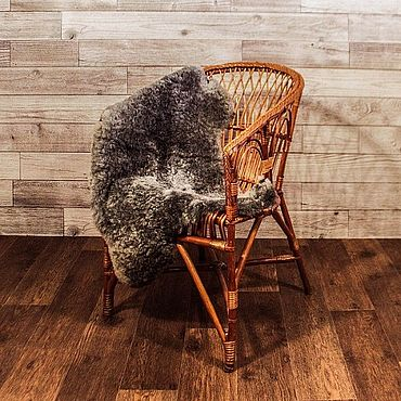 Для дома и интерьера ручной работы. Ярмарка Мастеров - ручная работа Элементы интерьера: коврик из натуральной романовской овчины. Handmade.