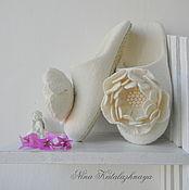 Обувь ручной работы. Ярмарка Мастеров - ручная работа Валяные тапочки Нежный Пион Тапочки для дома. Handmade.