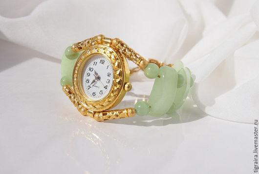 """Часы ручной работы. Ярмарка Мастеров - ручная работа. Купить """"Медово-Яблочный спас"""" Часы наручные, женские. Handmade. Салатовый"""