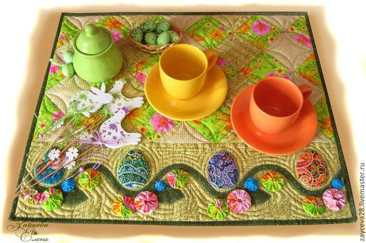 В качестве салфетки, или как сейчас принято - ланчмата, украсит праздничный завтрак.