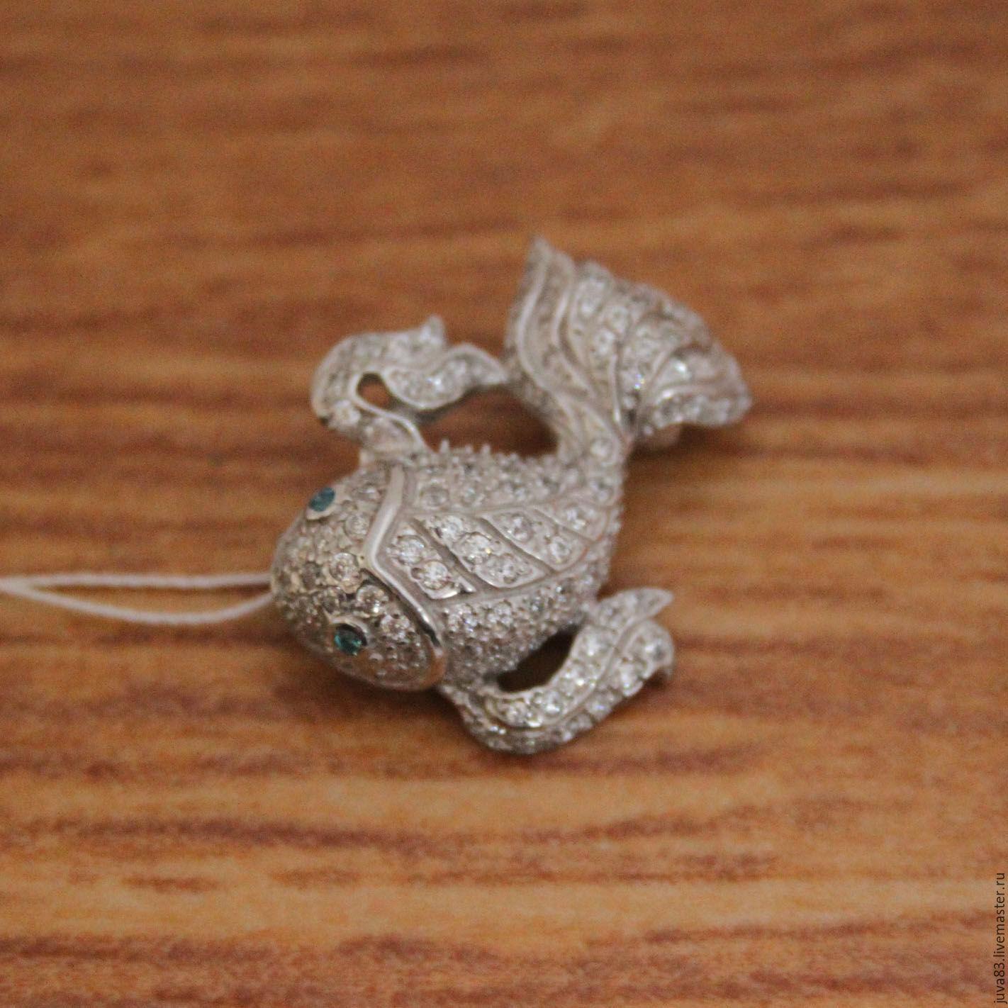 Серебряная брошь Рыбка, серебро 925 – купить на Ярмарке Мастеров – 8BZF1RU | Брошь-булавка, Севастополь