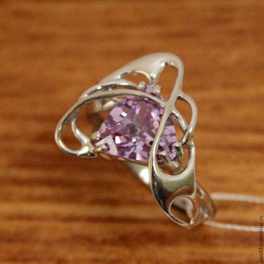 Кольца ручной работы. Ярмарка Мастеров - ручная работа. Купить Серебряное кольцо Вдохновение, серебро 925. Handmade. Бледно-сиреневый