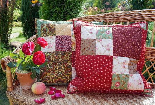 Подушки декоративные Кантри красная и зеленая. Пэчворк - лоскутное шитье. Мастер Мастер Lady Olga