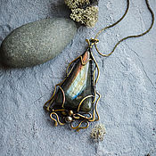 Украшения handmade. Livemaster - original item Brass pendant with Labrador Elven pendant labradorite triangle. Handmade.
