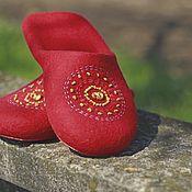"""Обувь ручной работы. Ярмарка Мастеров - ручная работа """"ЭТНО"""" (red) тапочки валяные. Handmade."""