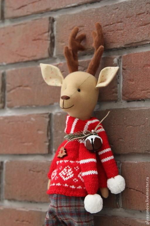 Игрушки животные, ручной работы. Ярмарка Мастеров - ручная работа. Купить Рождественский олень - мягкая игрушка. Handmade. Ярко-красный