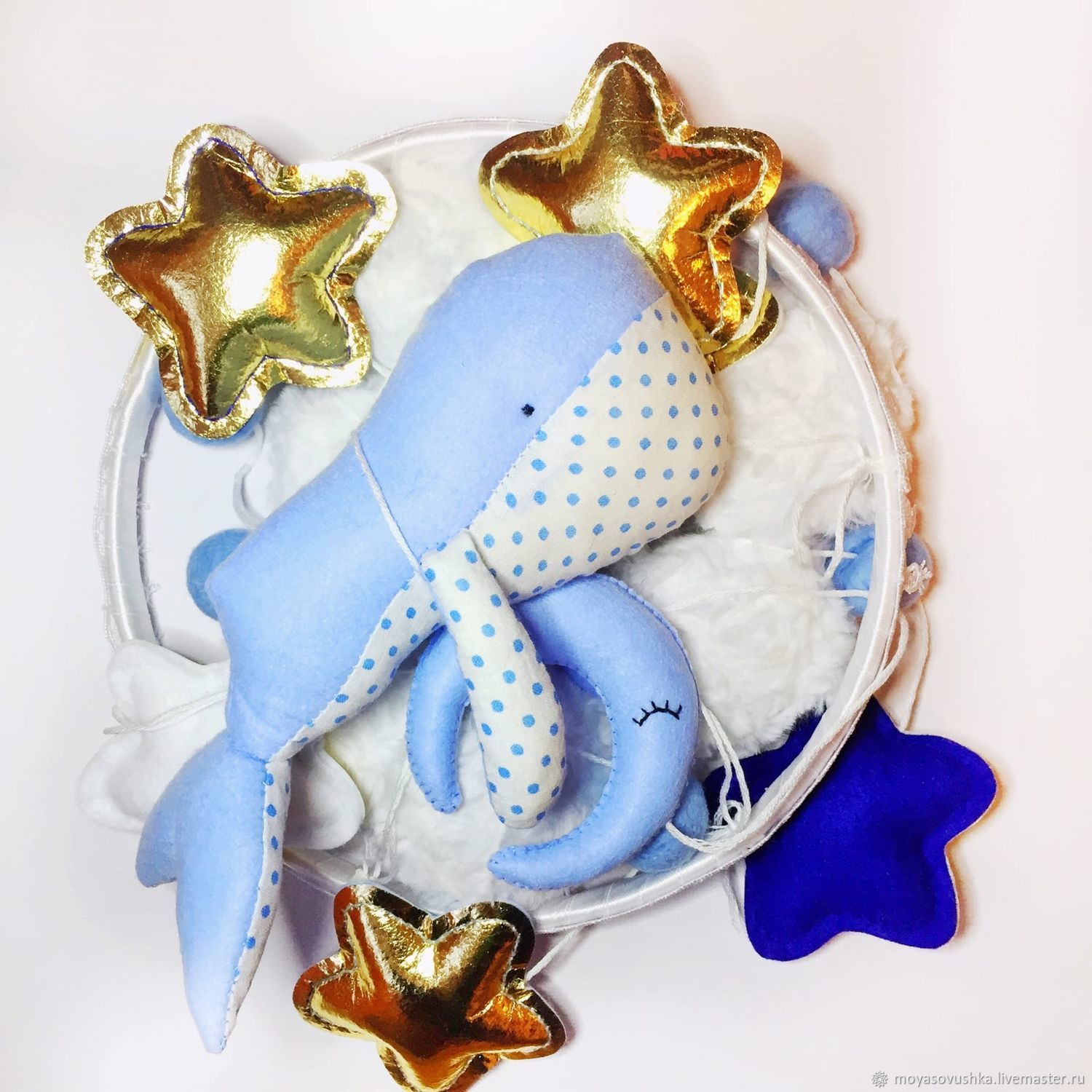 Mobile in a crib made of felt and cotton - Blue whale, Toys for cribs, Moscow,  Фото №1