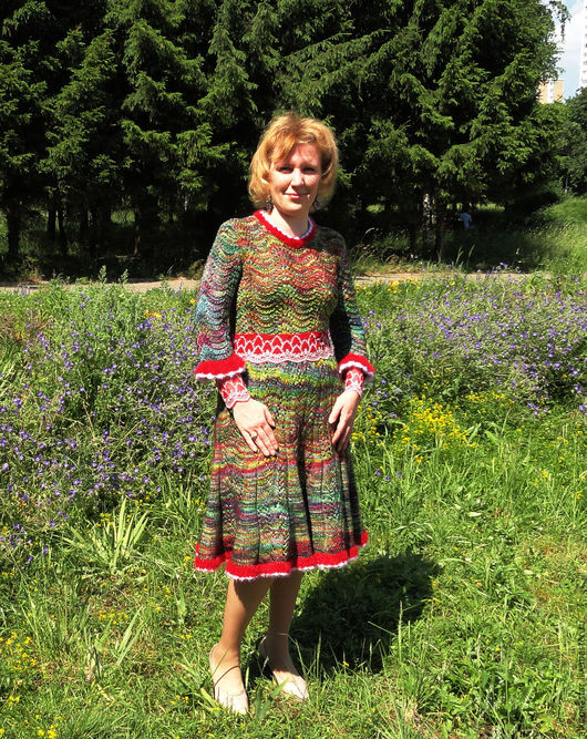 Платья ручной работы. Ярмарка Мастеров - ручная работа. Купить Авторское вязаное платье  Colibri из пряжи Malabrigo. Handmade.
