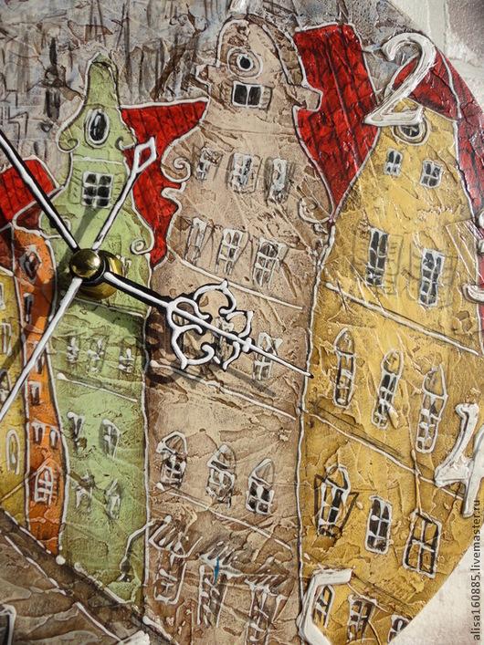 """Часы для дома ручной работы. Ярмарка Мастеров - ручная работа. Купить Часы для детской """"Над крышами Стокгольма"""". Handmade. Разноцветный"""