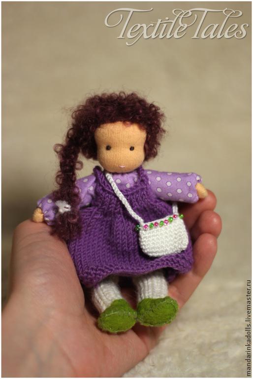 Вальдорфская игрушка ручной работы. Ярмарка Мастеров - ручная работа. Купить Мини-куколка на каркасе, 13см. Handmade. Фиолетовый