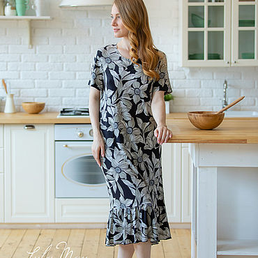 Одежда ручной работы. Ярмарка Мастеров - ручная работа Платье из итальянской вискозы с цветочным принтом. Handmade.