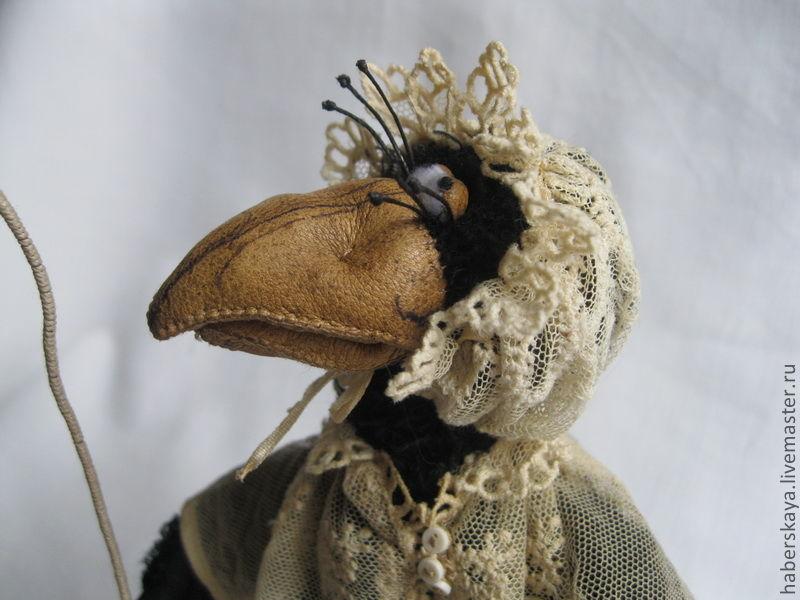 Ворона из ткани